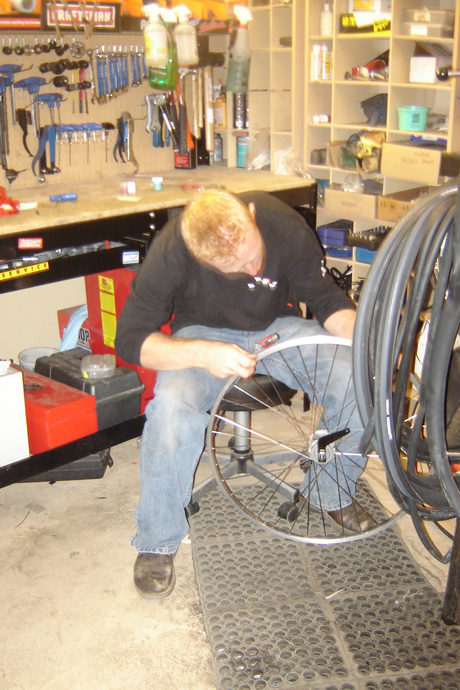 Scott is building Porsha's Sturmy Archer 3 speed Wheels.